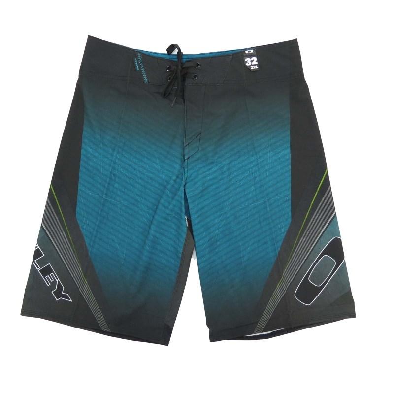 7930b8d1173ee Bermuda Agua Oakley Gnarley Wave - Compre na Back Wash!