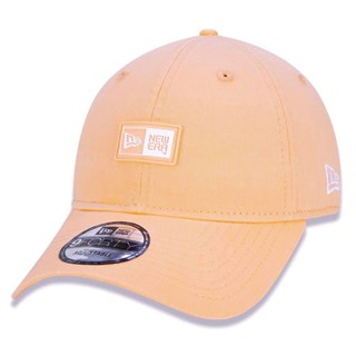Boné New Era Aba torta 940 Essentials Box Laranja