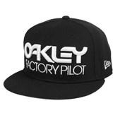 Boné Oakley Factory Aba Reta Novelty Preto