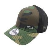 Boné Oakley Tinfoil Cap Black/Graphic Camo Tamanho S/M