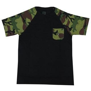 Camiseta Especial DC Camo Pocket