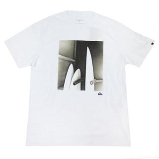 Camiseta Quiksilver Shaping Bay Branca