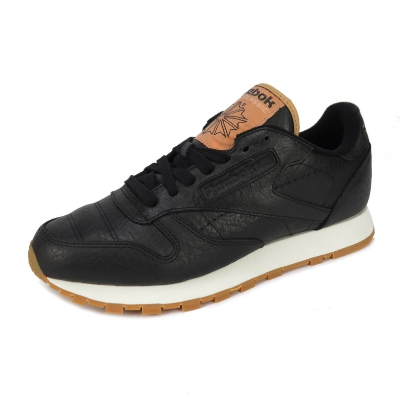 Compre Tênis Reebok Classic Leather Boxing Black Chalk Golden ... 704e680a70ac7